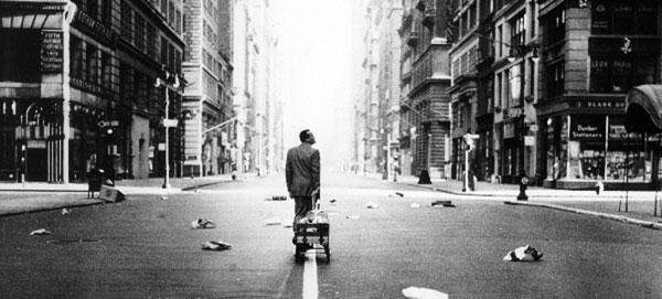alone-streetcr