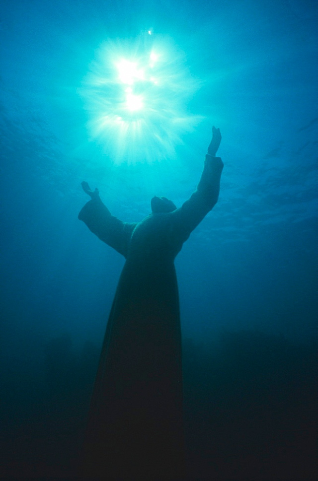 'Christ of the Abyss' statue, Pennekamp State Park, Key Largo, Florida, USA.